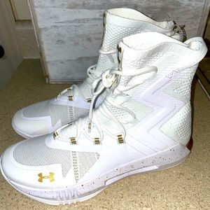 Under Armour Highlight Ace 2.0 Volleyball Shoes
